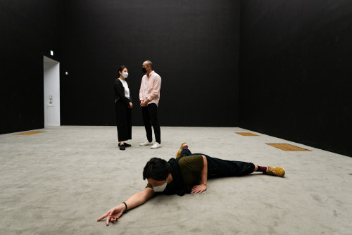 余美華與Xavier Le Roy, 《Still in Hong Kong》, 2021年