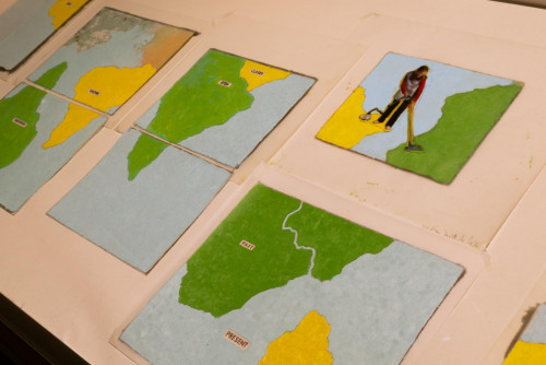 "Exhibition view: ""Wet feet __ dry feet: borders and games"""